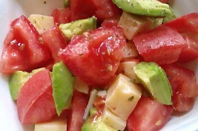 #易早餐#牛油果番茄沙拉