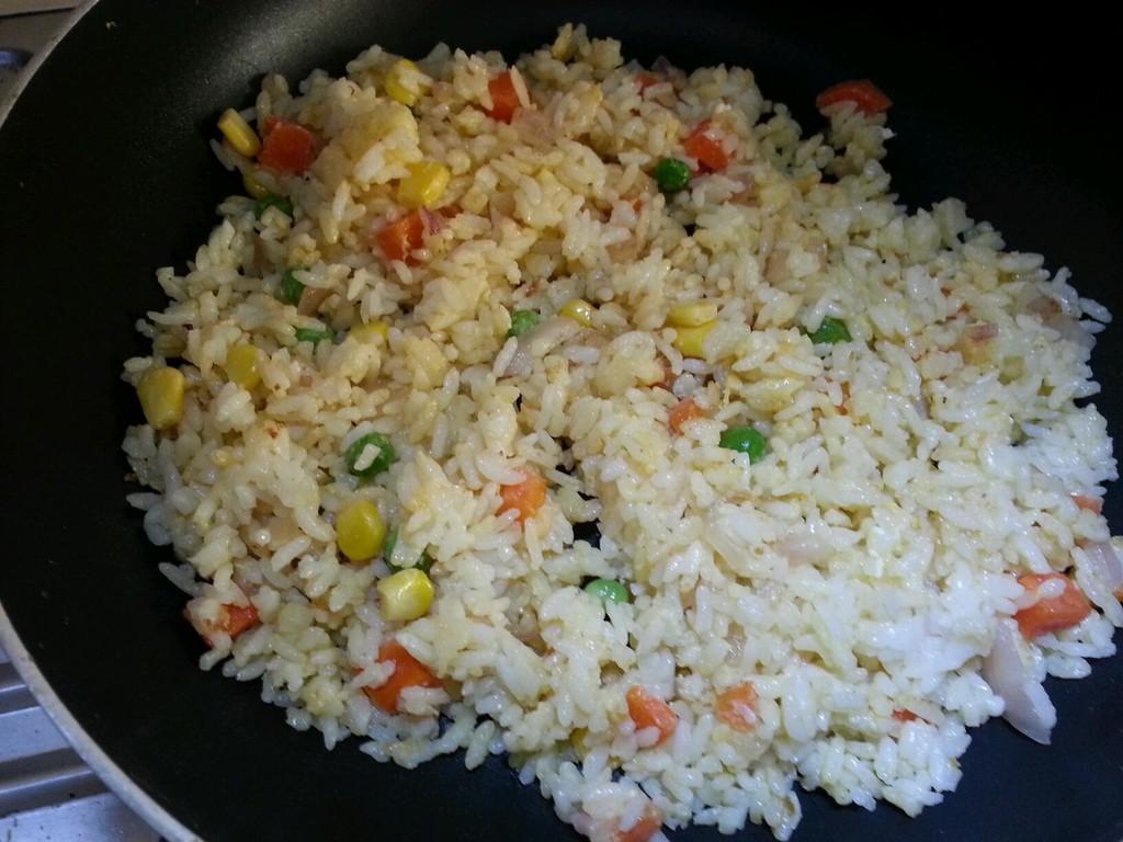 芝士咖喱焗蛋炒饭的做法步骤