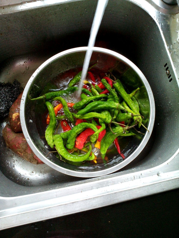 清蒸土辣椒的做法步骤