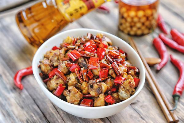 辣子鸡#金龙鱼外婆乡小榨菜籽油 最强家乡菜#的做法