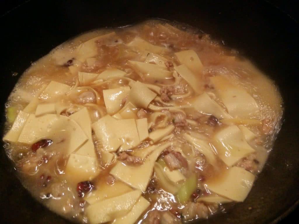 红烧豆腐皮的做法图解5
