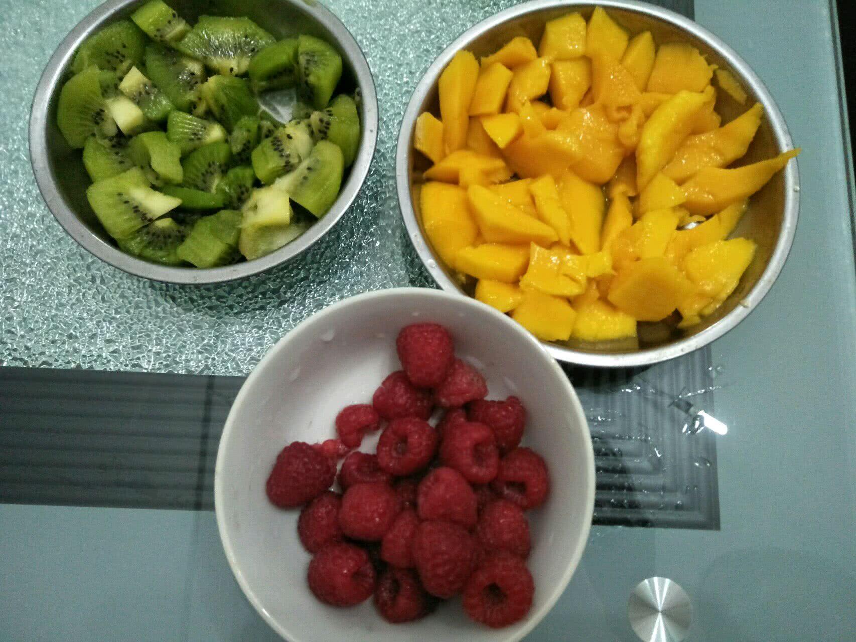 三色水果冰棒的做法步骤
