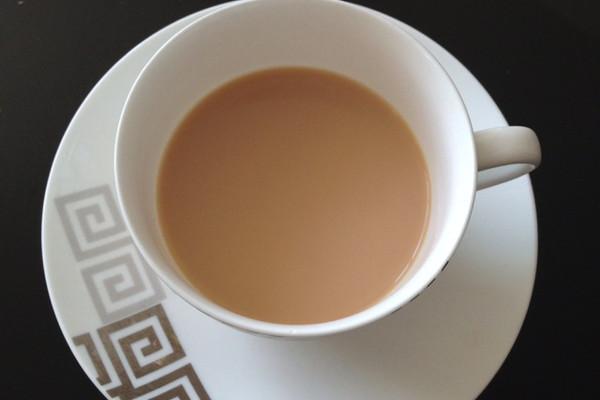 英式奶茶的做法