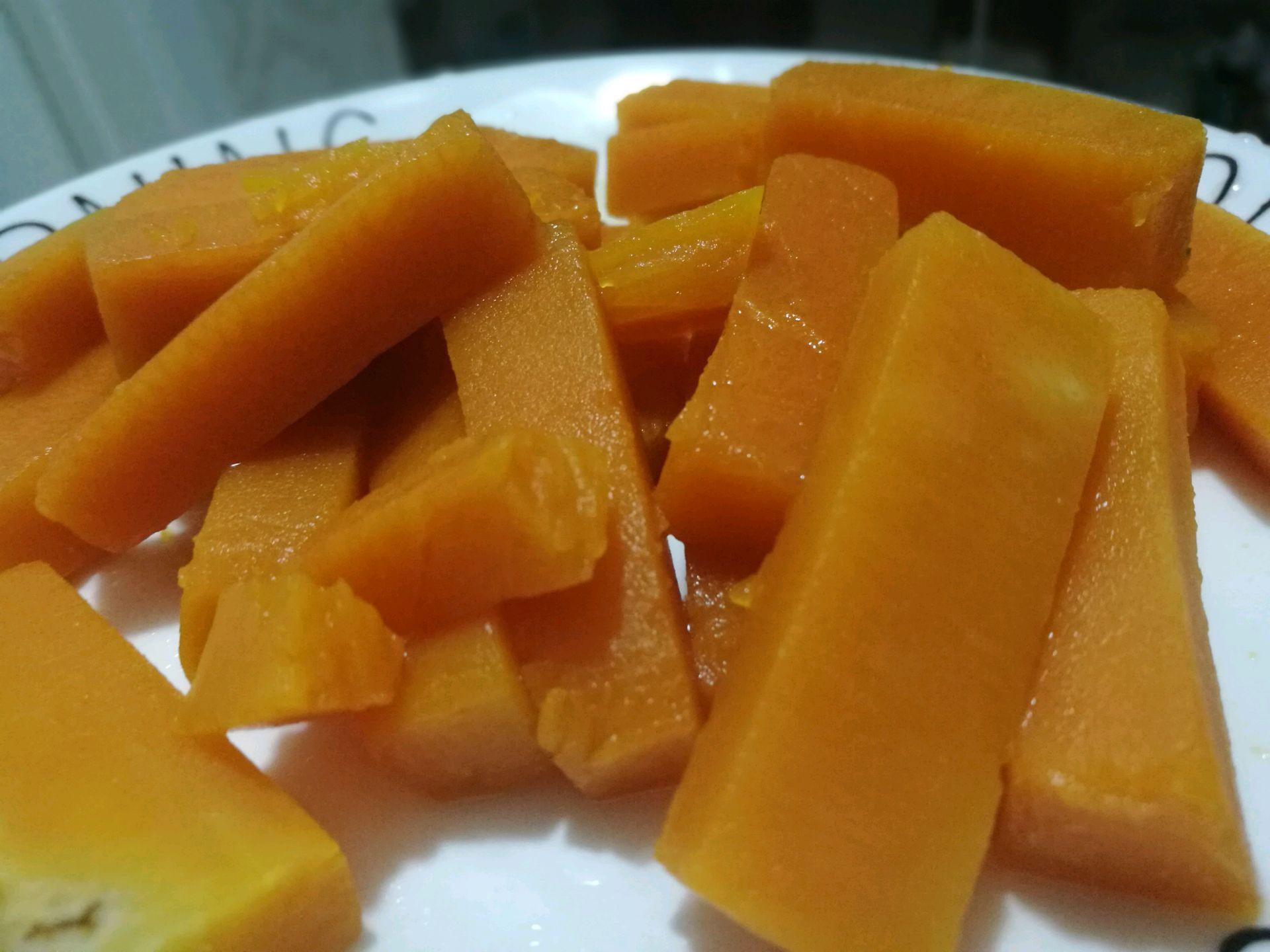 咸蛋黄焗南瓜的做法图解4