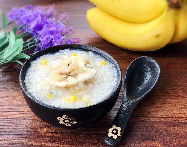 玉米香蕉甜粥
