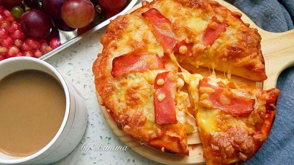 超快手培根披萨早餐