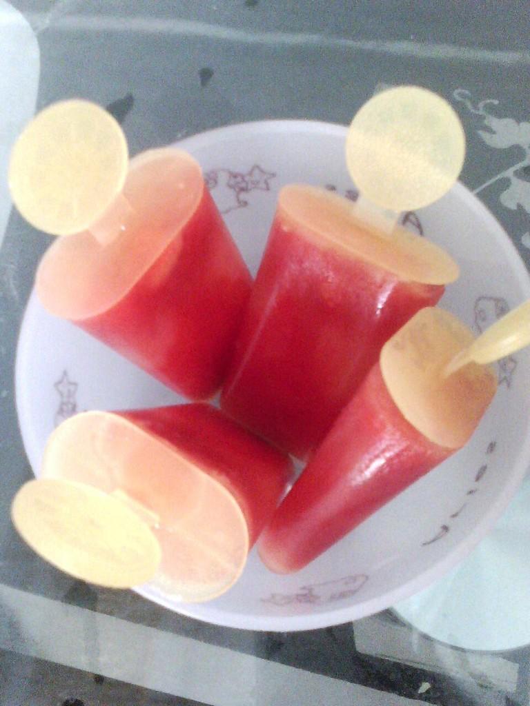 蛋果子(旺仔小馒.  西瓜冰糕的做法步骤