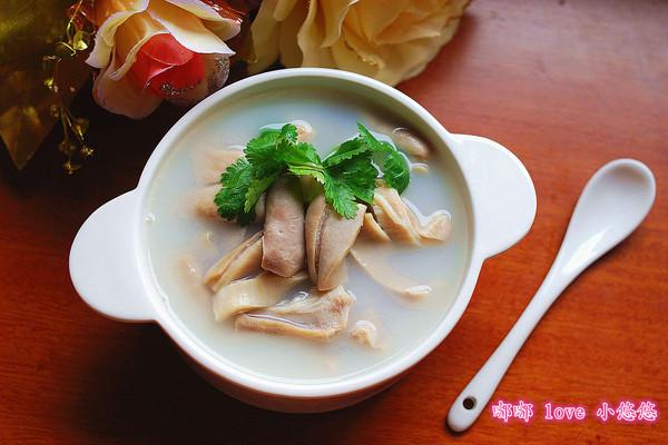 清炖猪肚汤的做法