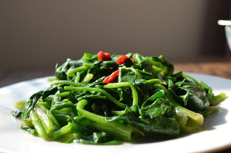 芥末拌菠菜的做法步骤
