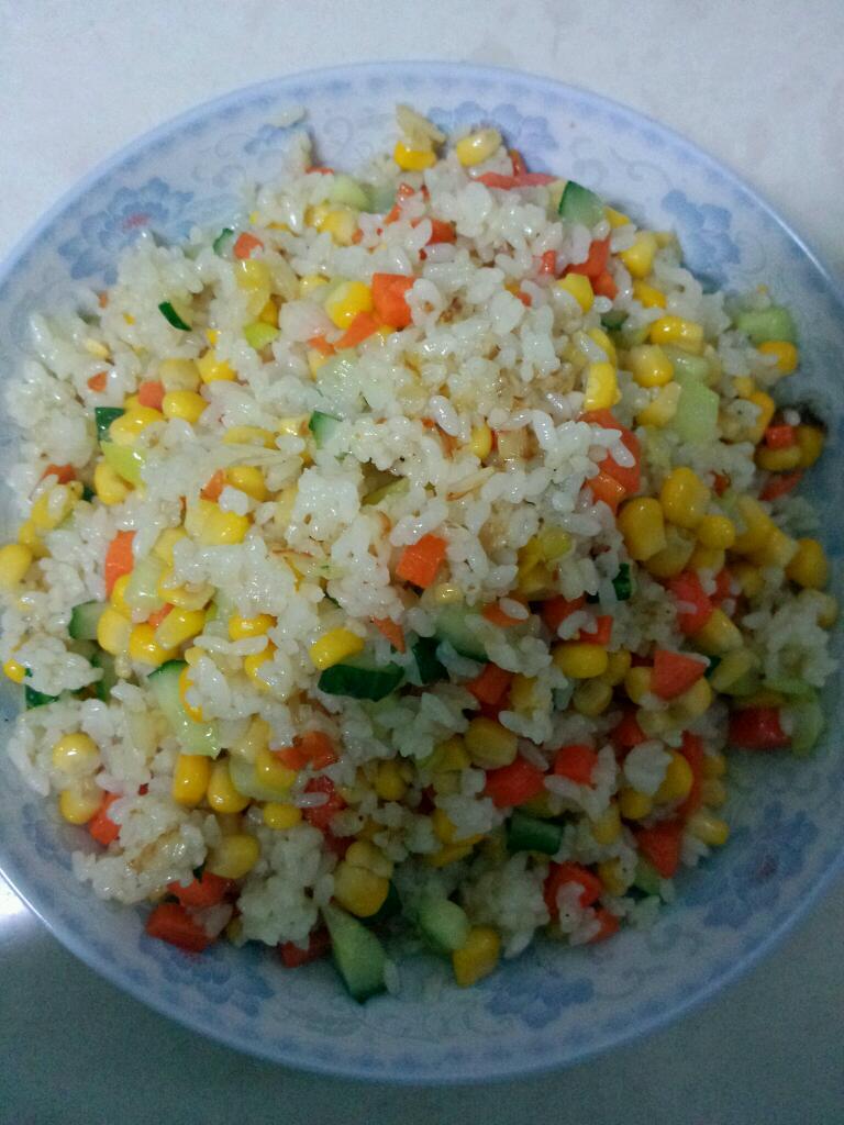 炒米饭的做法步骤        本菜谱的做法由  编写,未经授权不得转载