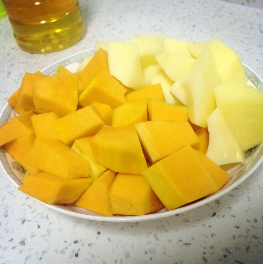 南瓜炖土豆的做法图解4