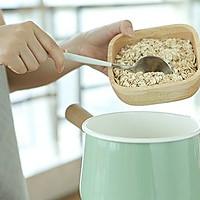 鲜果燕麦粥!粥里颜值最高的!减肥全靠它了!的做法图解2