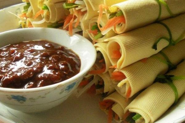 豆皮蔬菜卷的做法