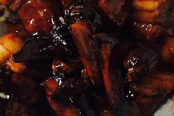 渠师傅招牌红烧肉的做法