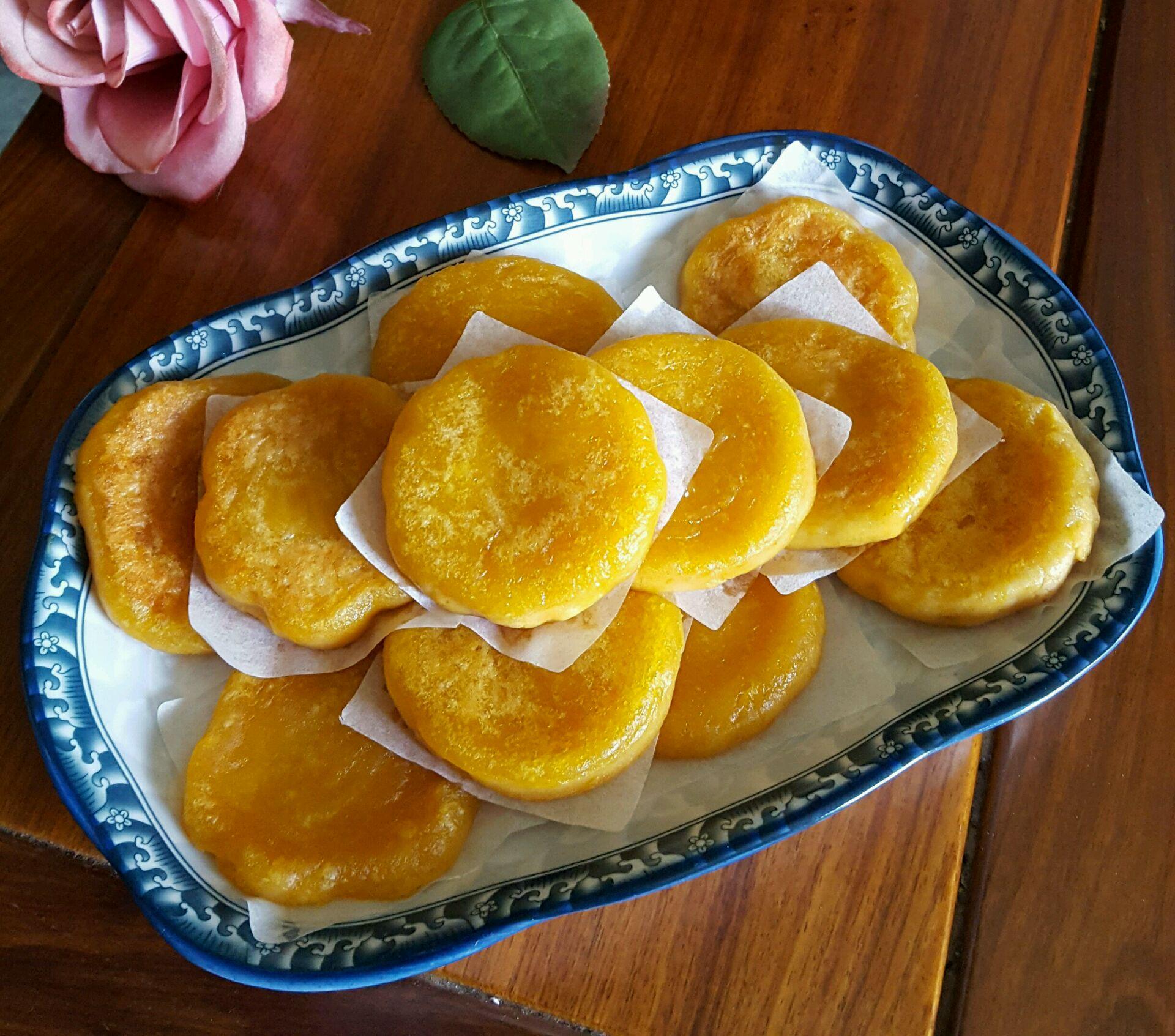 炒菜煲汤临锅时加入提鲜不口干 南瓜饼的做法步骤 小贴士 一定要加点