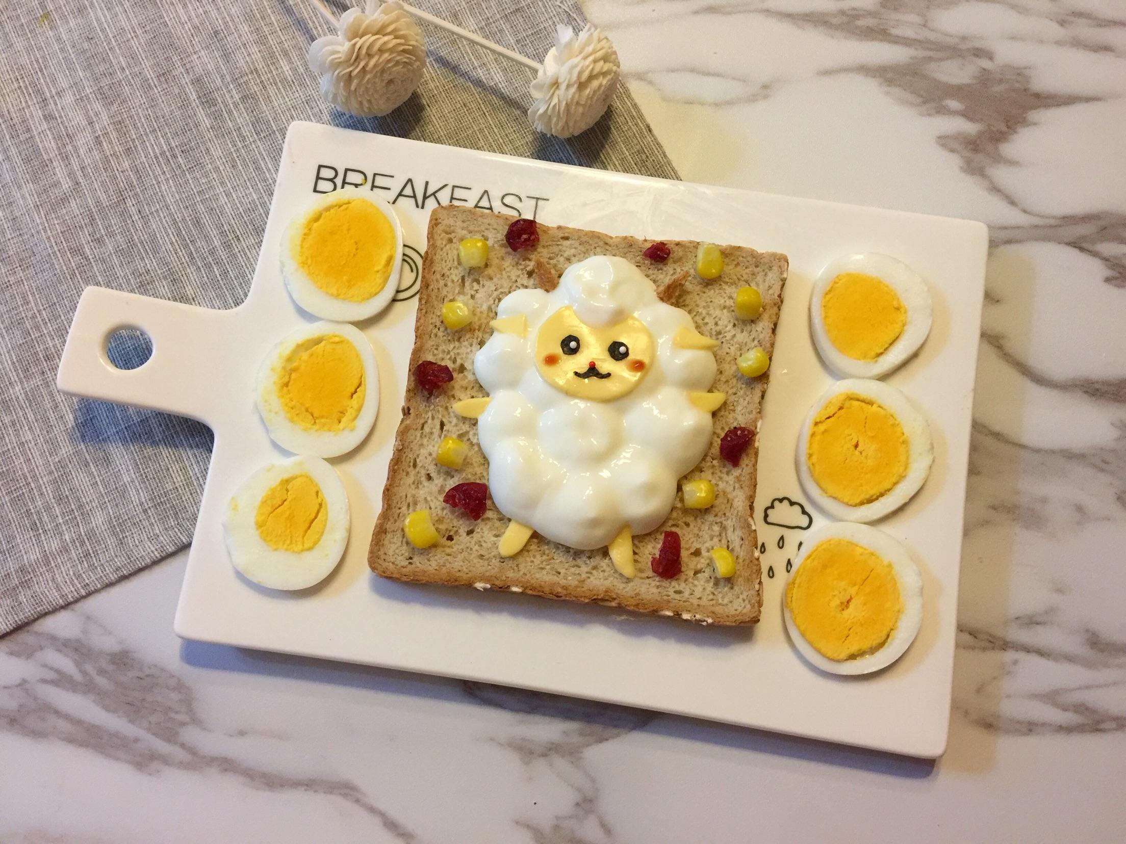 儿童卡通早餐—小绵羊酸奶吐司