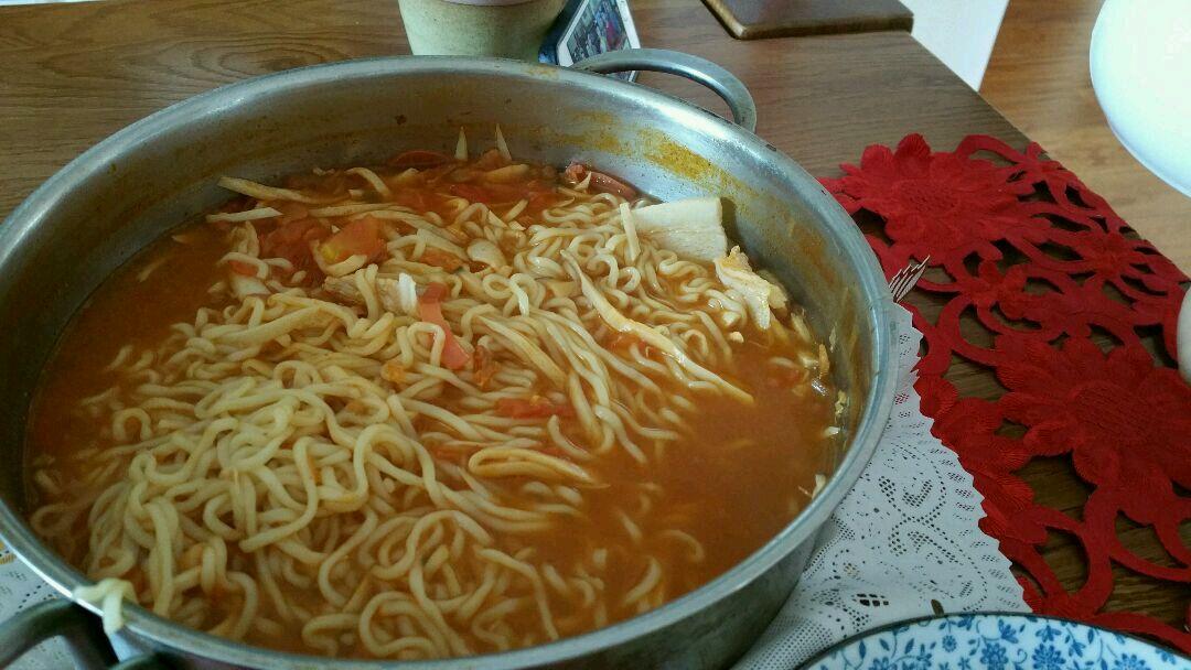 美味韩国拉面的做法图解2