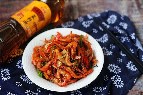 #金龙鱼外婆乡小榨菜籽油 最强家乡菜#藠头炒虾干的做法