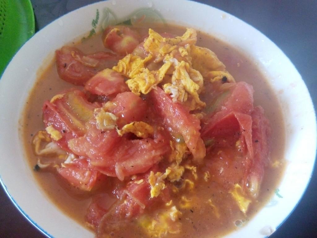 难度:切墩(初级)   主料 2个 2个 西红柿炒蛋的做法步骤 3.