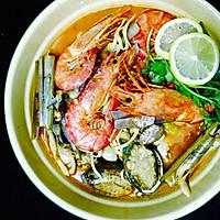 中华海鲜酸辣汤