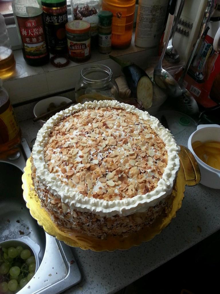杏仁片生日蛋糕的做法图解9