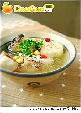 鮸鱼薏米汤的做法