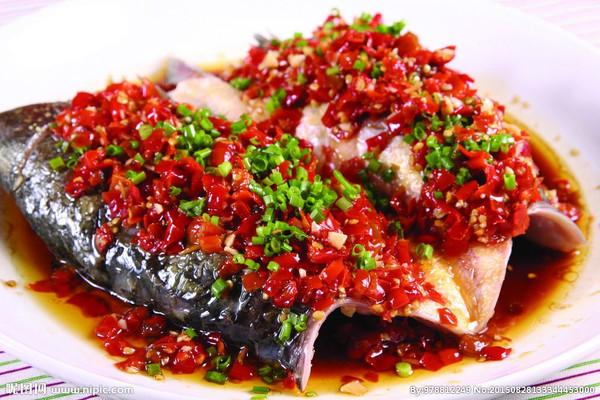 嵌入式蒸箱食谱——剁椒鱼头