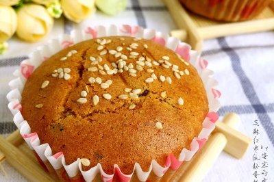 芝麻红枣纸杯蛋糕#甜食故里5周年#