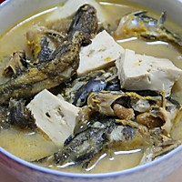 黄辣丁滚豆腐
