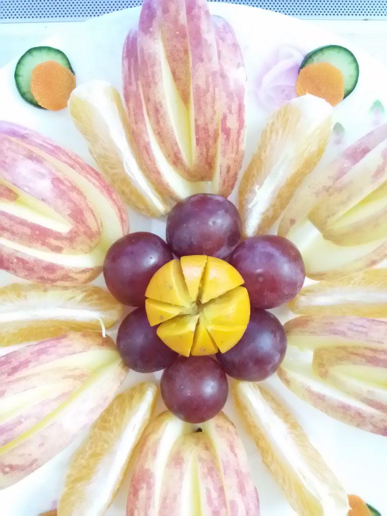水果拼盘大杂烩苹果橘子葡萄减肥美容养颜色彩缤纷花世界