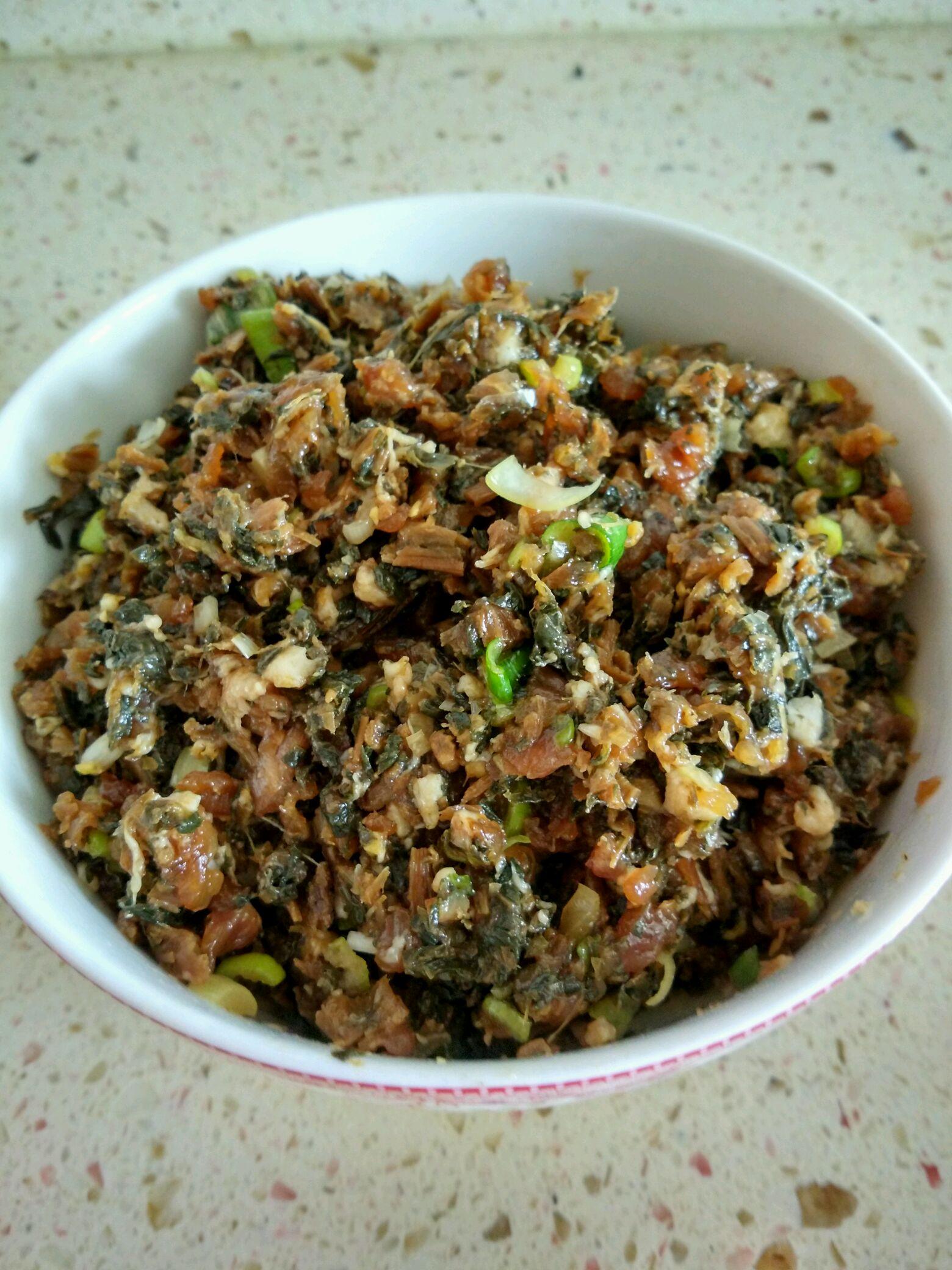 梅菜饺子的做法步骤