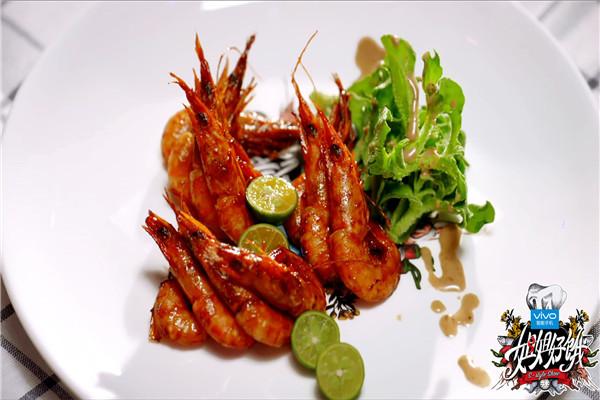 【姐姐好饿】男神菜谱:黄渤教你青岛油爆虾的做法