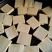 球赛必备小吃:孜然豆腐的做法<!-- 图解4 -->
