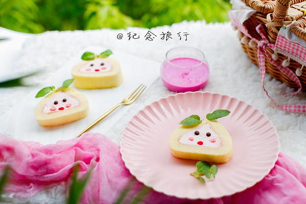来应个景赶紧做起来吧.可爱的水蜜桃蛋糕卷 不仅好吃而且好看.