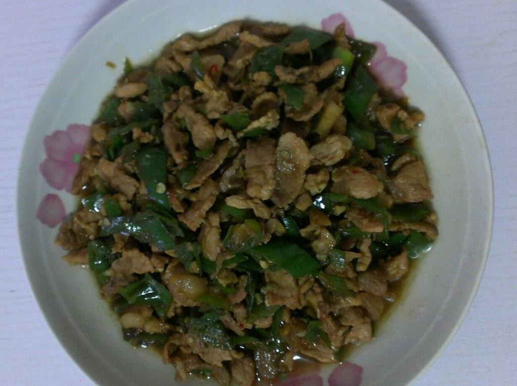 辣椒炒肉(湖南小炒肉)的做法_【图解】辣椒炒肉(湖南)
