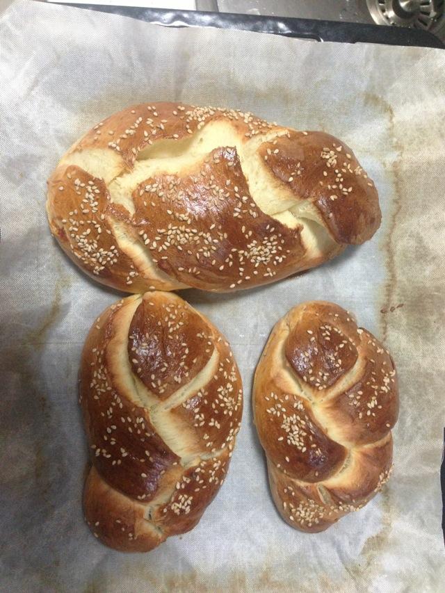 300g 糖50g 盐3g 酵母5g 花生酱8x12g 随意 花生酱辫子面包的做法步骤