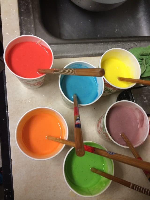 彩虹蛋糕的做法步骤 2.