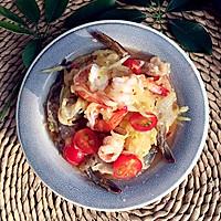 鲜虾青芒果沙拉