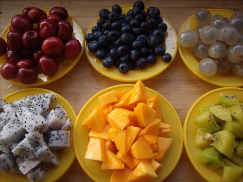 做水果沙拉 如何做水果沙拉 怎么做水果沙拉