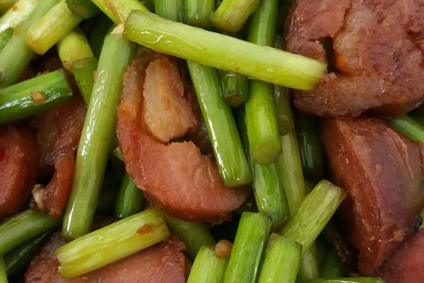 主料:切墩(初级)蒜薹难度300克盐2克食用油适量猪肉灌肠2根灌got7金枪鱼宵夜图片