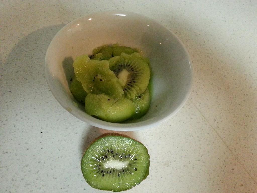 猕猴桃炒饭的做法步骤