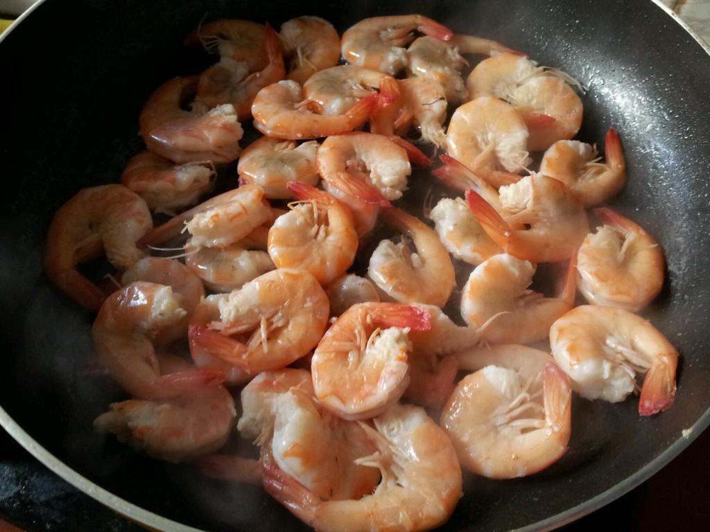 咖喱虾炒年糕的做法步骤