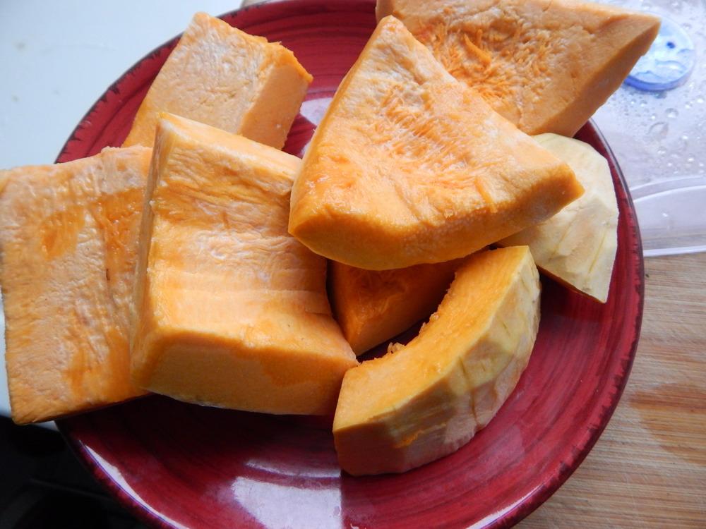 南瓜煎饼的做法图解1