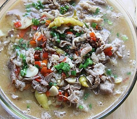 酸汤肥牛的做法