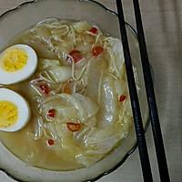 辣白菜鸡蛋汤面