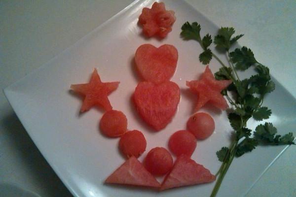 西瓜水果拼盘的做法 西瓜水果拼盘怎么做如何做好吃 西瓜水果拼盘家