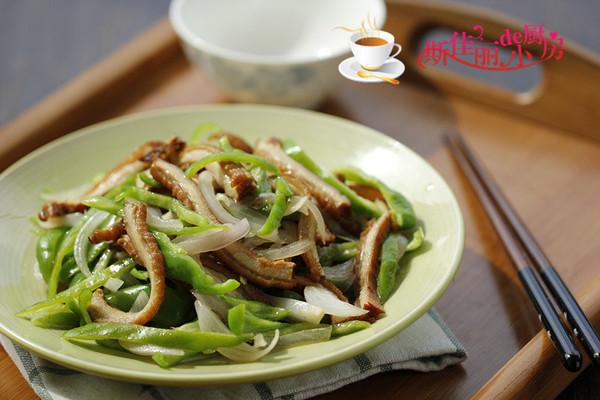 青椒洋葱炒牛肚丝的做法
