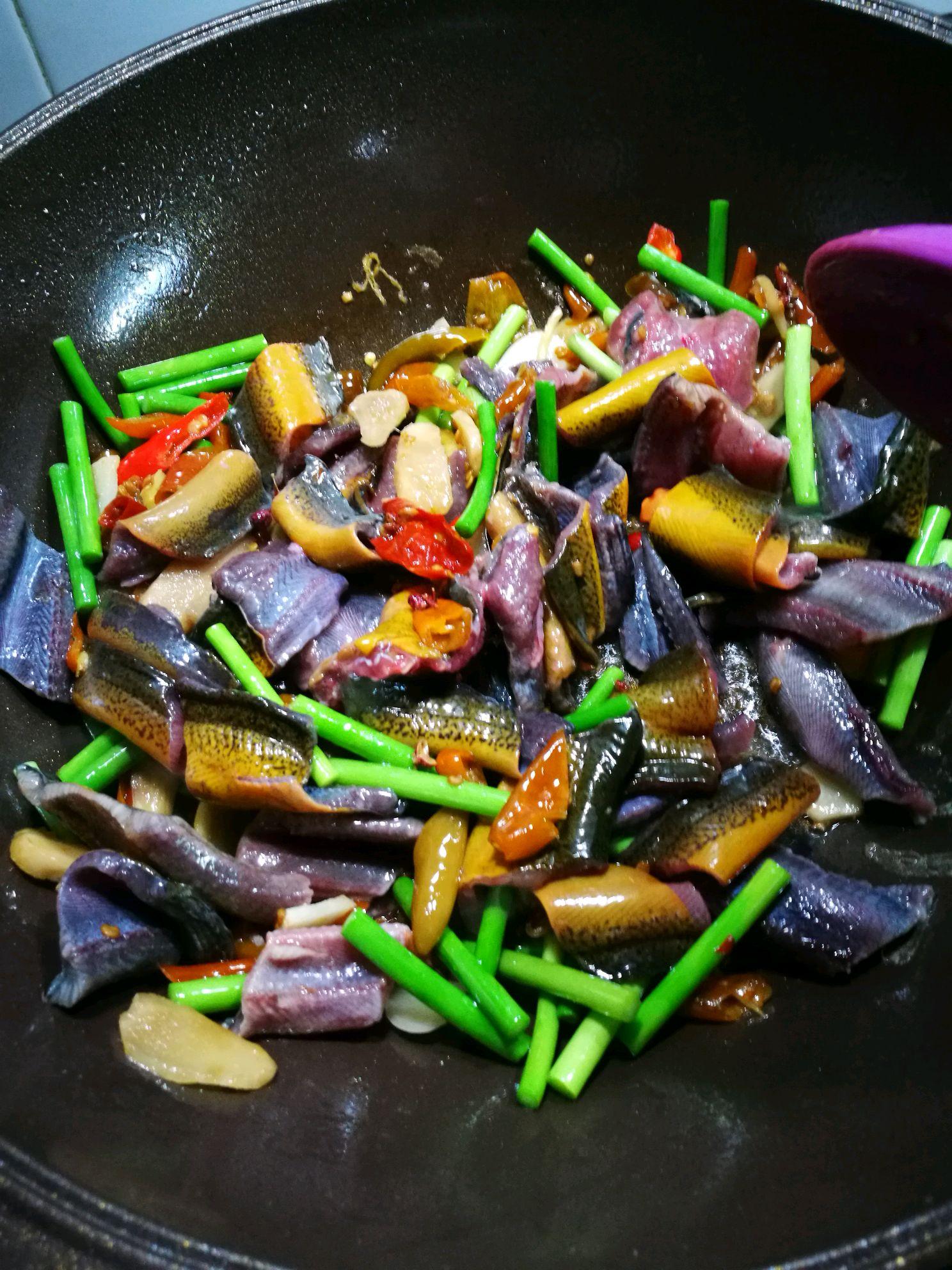 家常菜泡椒鳝鱼的做法图解4