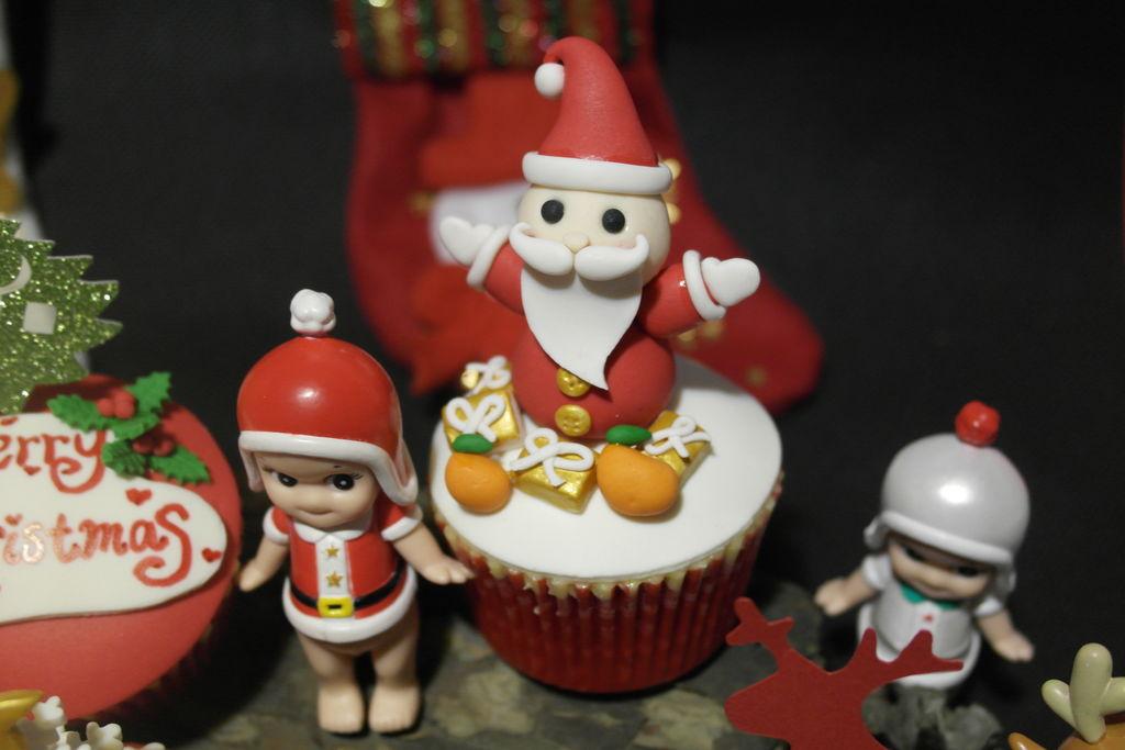 陪你过圣诞—小豆子主题翻糖纸杯蛋糕#圣诞烘趴 为爱起烘的做法图解23