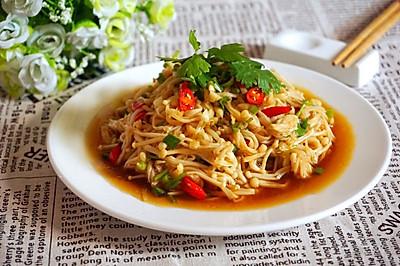 夏天餐桌家常菜:凉拌金针菇